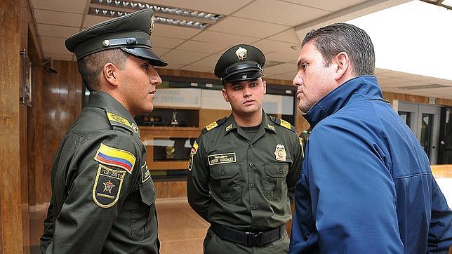 Uno de los policías liberados por las FARC confirma que fueron torturados