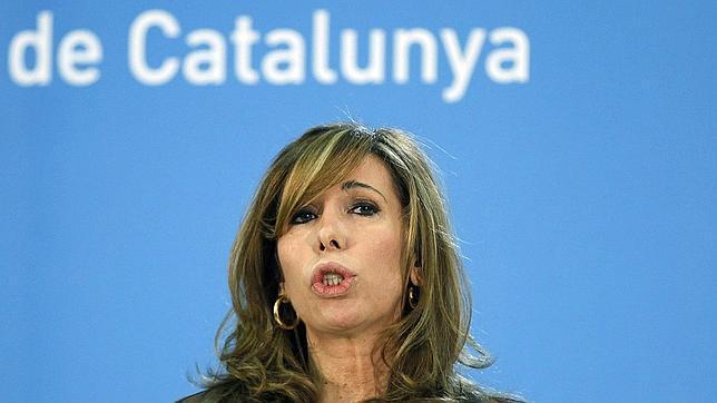 Camacho cree que ha sido espiada para destruir su carrera y el avance del PP en Cataluña