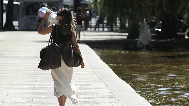 La deshidratación puede provocar dolores de cabeza