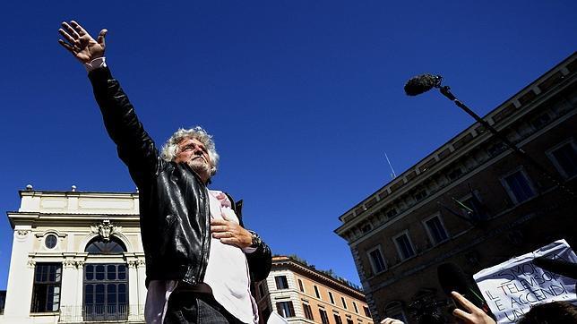 Grillo sobre el día de la liberación del fascismo: «El 25 de abril está muerto»