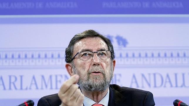 Lamentos tardíos del Parlamento andaluz por subirse las dietas a escondidas