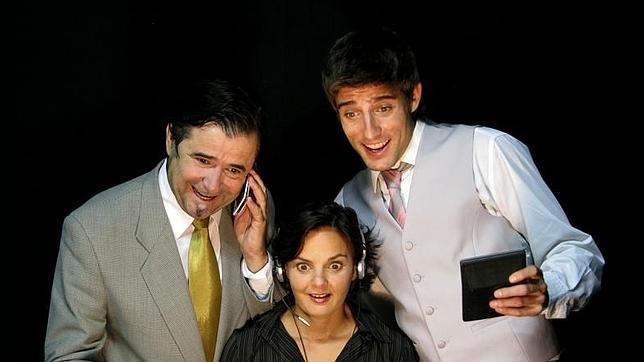Cómicos Corporativos llevan al teatro la formación en empresas con humor y magia