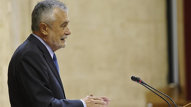 Zoido no cree que Griñán agote la legislatura