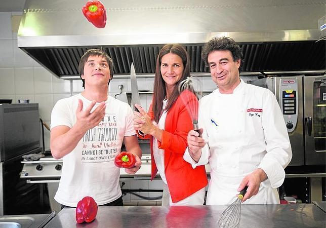 Tres cocineros en busca de un maestro