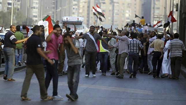 Al menos 16 muertos y más de 200 heridos por los enfrentamientos en la Universidad de El Cairo