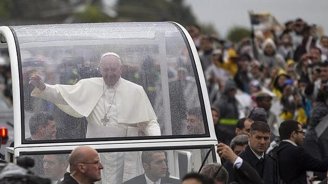 El Papa ante la Virgen de Aparecida: «En vuestras manos pongo mi vida»