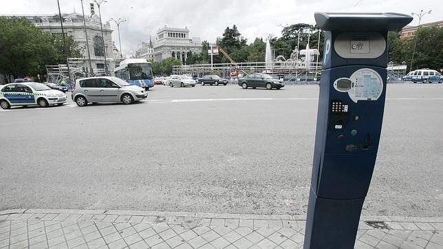 Los parquímetros inteligentes llegan a partir del 1 de noviembre a Madrid