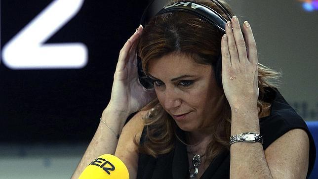 Susana Díaz pide a Rubalcaba «abrir un proceso de cambio»