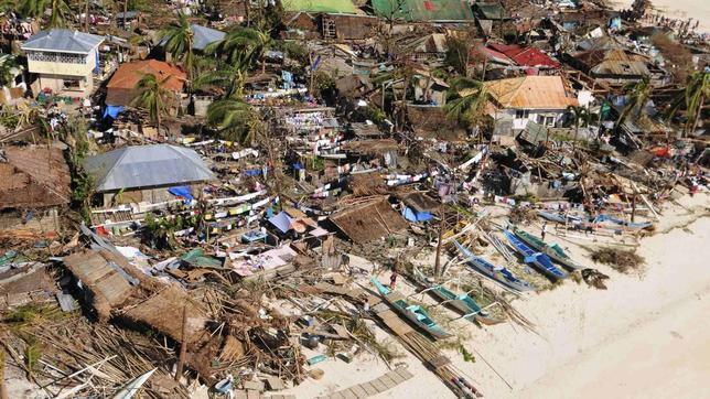 Al menos 10.000 muertos en la provincia de Leyte a causa del tifón Haiyan, según la Policía
