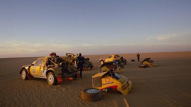 Así es el mítico Peugeot 205 que corrió el  Dakar