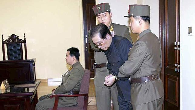 Ejecutado por traición Jang Song-thaek, el tío del joven dictador de Corea del Norte