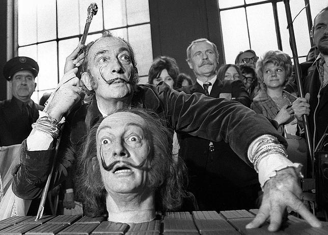 Dalí, el mito sigue más vivo que nunca 25 años después de su muerte