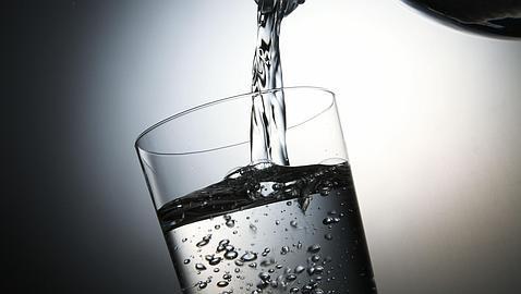 para que sirve el agua carbonatada