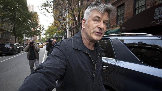 Alec Baldwin dice que «no puede vivir más» en Nueva York por el acoso de los medios