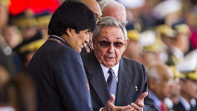 En directo: una dividida Venezuela recuerda a Chávez en el aniversario de su muerte