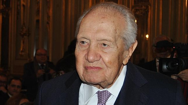 Mario Soares, expresidente luso: «Franco se opuso al envío de marines a Portugal»