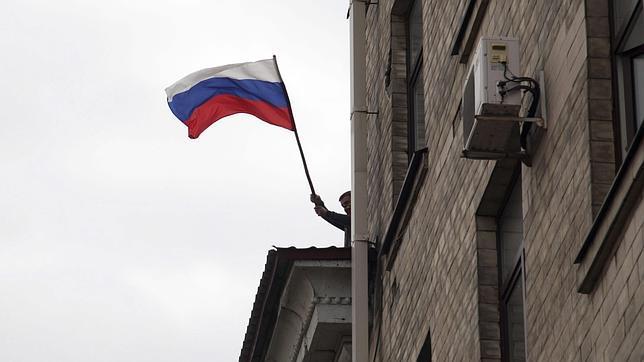 El Fondo Monetario Internacional dice que Rusia está ya en recesión