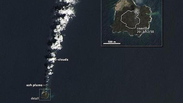 Una isla japonesa aumenta cinco veces su tamaño por una erupción volcánica