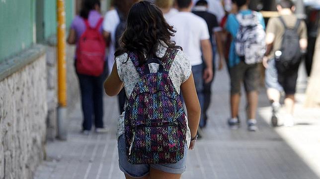 Los niños españoles son los que más horas echan en el cole de Europa