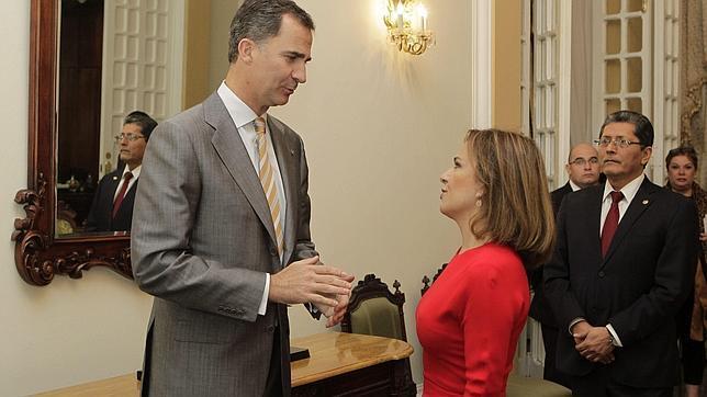 Un acto con la primera dama de El Salvador este pasado 31 de mayo en uno de los múltiples viajes institucionales de Don Felipe