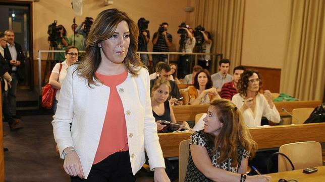 Susana Díaz, momentos antes de hacer una declaración institucional leída en el Palacio de San Telmo de Sevilla