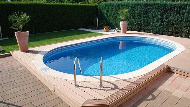 Diez trucos para ahorrar al poner en marcha tu piscina