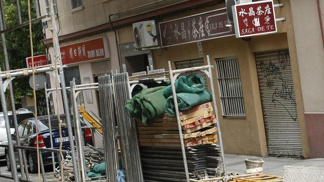 La Policía desmantela seis clínicas chinas clandestinas y detiene a ocho personas