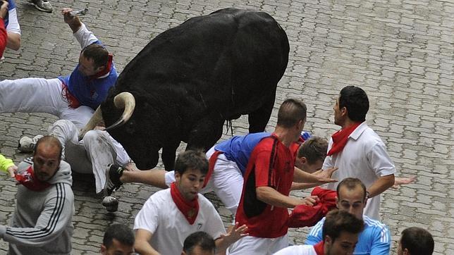 Dramático encierro de los toros de Victoriano del Río