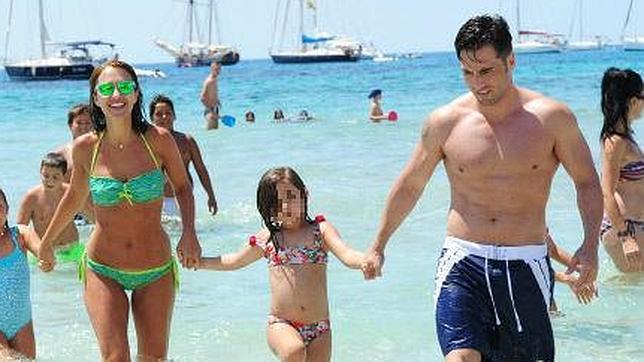 Paula Echevarría Y Bustamante Verano En Ibiza