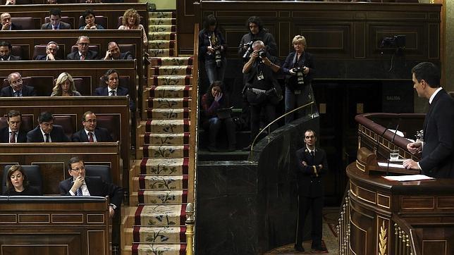 Pedro Sánchez, en la tribuna del Congreso durante el debate de las medidas anticorrupción