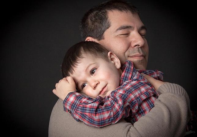 Los abrazos, un buen remedio contra el estrés y el resfriado