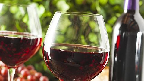 5 beneficios de tomar vino tinto en ayunas