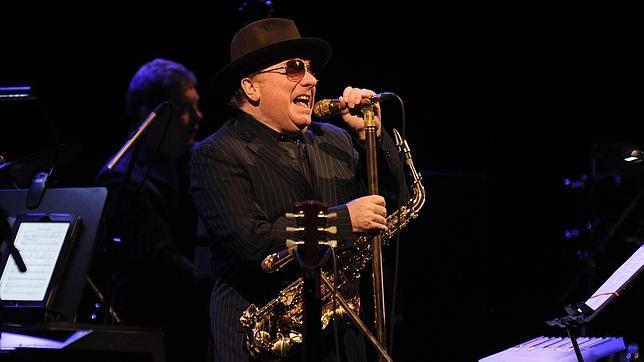 Van Morrison en su actuación de 2013 en Barcelona