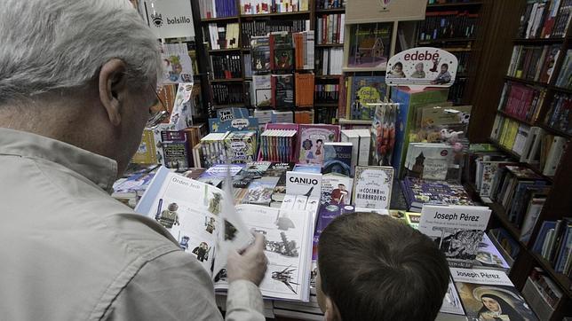 La visita a las librerías, una costumbre que decae