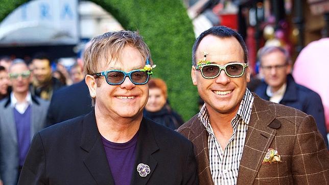Elton John y su esposo David Furnish