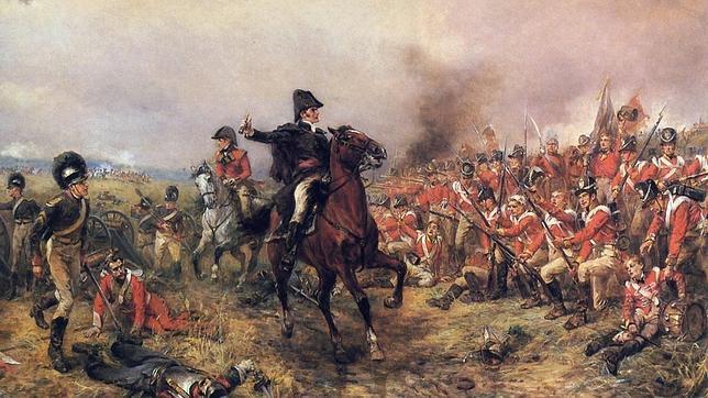 Arthur Wellesley, general británico, comandando a los compatriotas en Waterloo