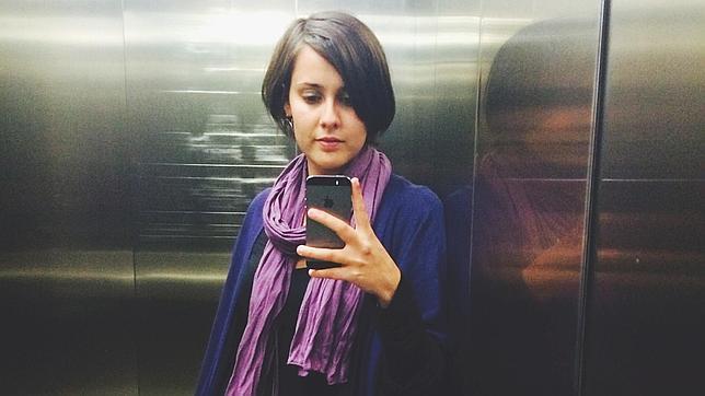El «selfie» de ascensor que Jenn Díaz dedica a ABC Cultural