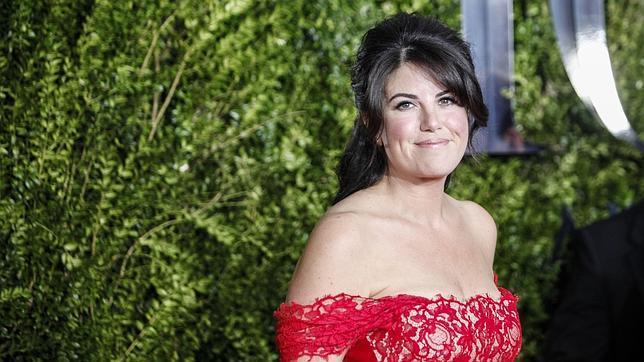 Monica Lewinsky en la alfombra roja de los premios Tony