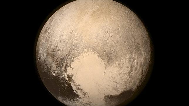 Imagen de Plutón tomada por la nave espacial estadounidense «New Horizons»