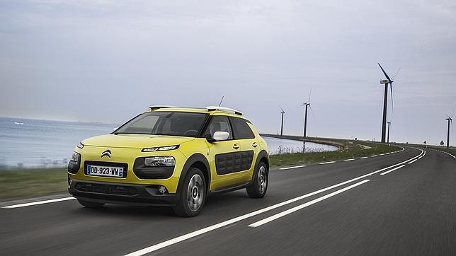 Todas las versiones del Citroën C4 Cactus se benefician de la nueva rebaja fiscal sobre el IRPF para vehículos de empresa eficientes