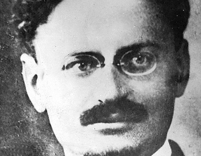 El día 21, Trotsky falleció por sus heridas. Tenía 60 años