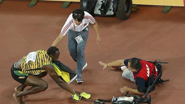 El cámara se disculpa con Bolt