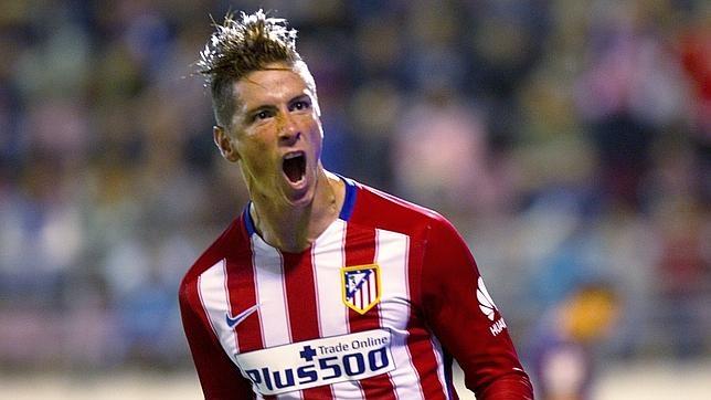 Fernando Torres celebra su gol al Éibar