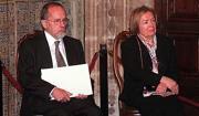 José Ramón Recalde y María Teresa Castells, ejemplos de tolerancia y ética. Eduardo Manzana
