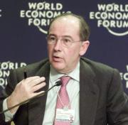El ministro de Economía, Rodrigo Rato, intervino ayer en el Foro de Davos. Ap