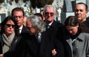 García de la Concha y De Cuenca acompañaron a los familares de José García Nieto durante el entierro, que tuvo lugar en el cementerio de la Almudena. Ernesto Agudo