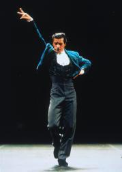 Antonio Márquez pasea con su compañía de danza española el nombre del Ayuntamiento de Madrid por todo el mundo