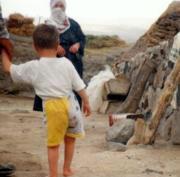 Imagen del niño turco afectado en 1998, víctima del último caso autóctono.OMS