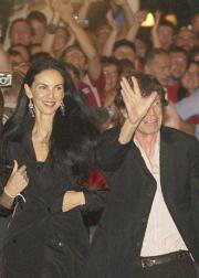 Jagger acudió a su cumpleaños con la ex modelo norteamericana L´Wren Scott