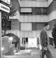 La clínica Ginemedex, en Barcelona, en una imagen tomada ayer.ELENA CARRERAS